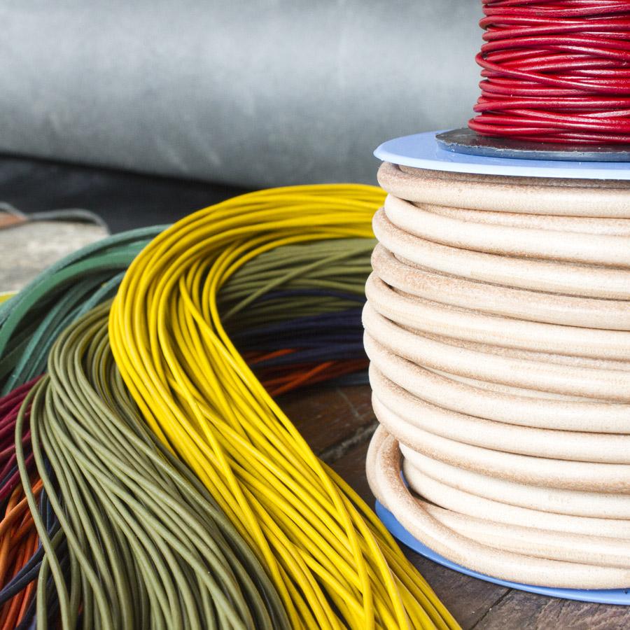 La Peausserie vend des lacets ronds en bobine ou au détail